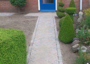 hh-pad-naar-voordeur-beton-dikformaat