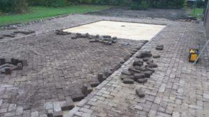 Hergebruik betonklinkers achtertuin